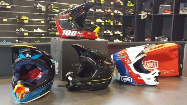 Les casques 100% sont à présent disponibles en magasin !