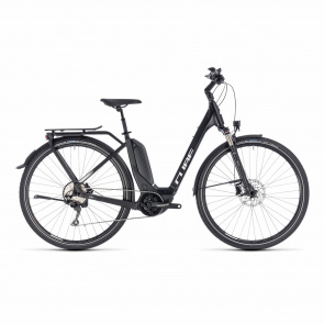 Cube - Promo Vélo Electrique Cube Touring Hybrid Pro 400 Easy Entry Noir/Blanc 2018 (131150)