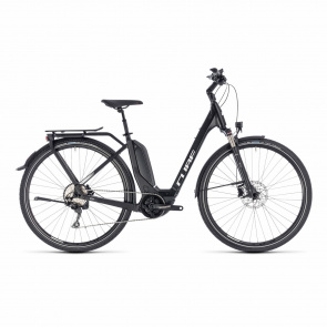 Cube - 2018 Vélo Electrique Cube Touring Hybrid Pro 500 Easy Entry Noir/Blanc 2018