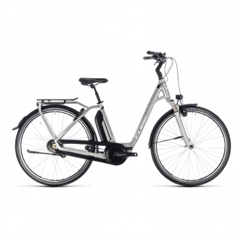 Vélo Electrique Cube Town Hybrid EXC 500 Easy Entry Argent/Blanc 2018 (132300)